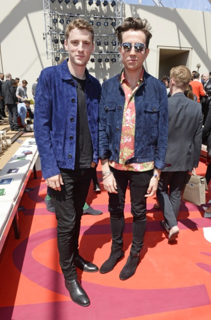 george-barnett-and-nick-grimshaw-at-the-burberry-prorsum-menswear-spring_summer-2015-show