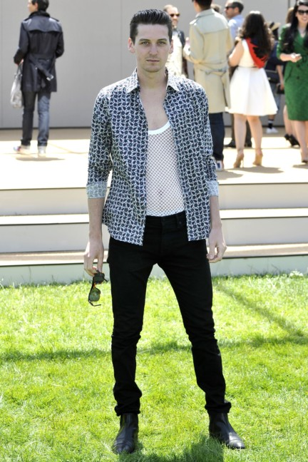 george-craig-wearing-burberry-at-the-burberry-prorsum-menswear-spring-summer-2015-show