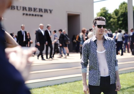 george-craig-wearing-burberry-at-the-burberry-prorsum-spring-summer-2015-show