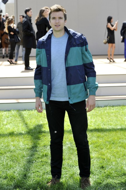 greg-james-wearing-burberry-at-the-burberry-prorsum-menswear-spring-summer-2015-show