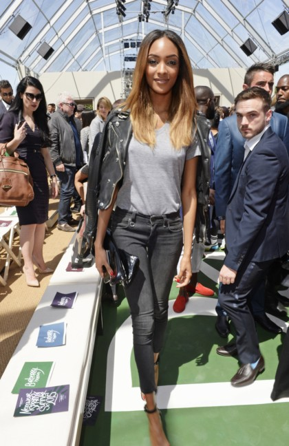 jourdan-dunn-at-the-burberry-prorsum-menswear-spring_summer-2015-show