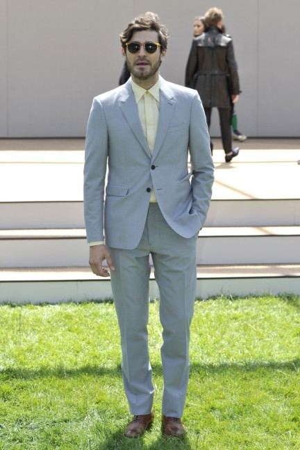 robert-konjic-wearing-burberry-at-the-burberry-prorsum-menswear-spring-summer-2015-show