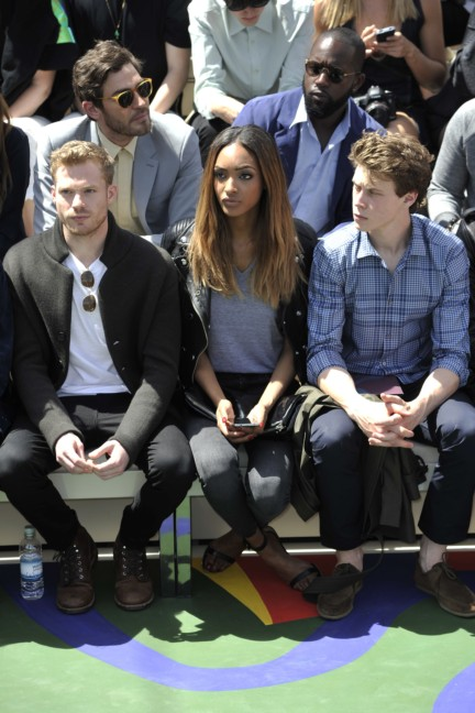 sam-reid-jourdan-dunn-and-george-mackay-at-the-burberry-prorsum-menswear-spring_summer-2015-show