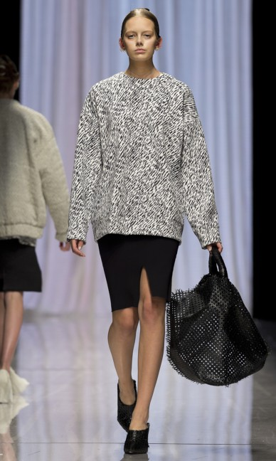 carin-wester-fashion-week-stockholm-spring-summer-2015-20