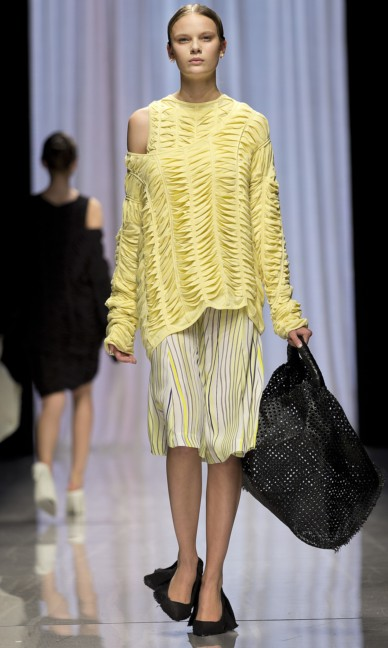 carin-wester-fashion-week-stockholm-spring-summer-2015-28