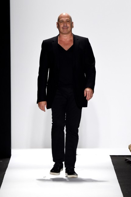 carmen-marc-valvo-new-york-fashion-week-spring-summer-2015-2