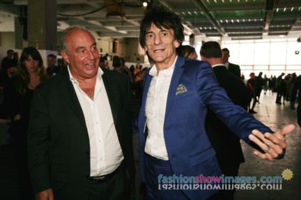 vv4n0173_philipgreen_ronniewood_2