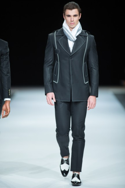charthu-by-mike-niriansamy-south-african-fashion-week-autumn-winter-2015-14