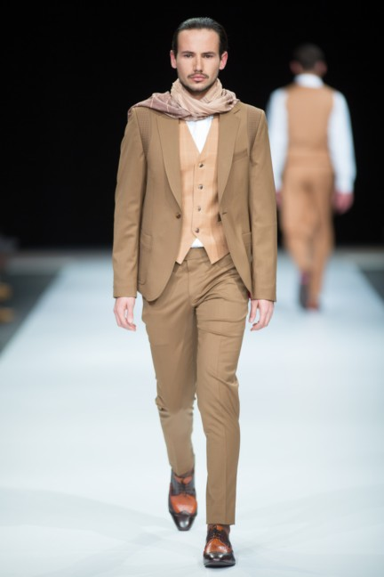 charthu-by-mike-niriansamy-south-african-fashion-week-autumn-winter-2015-5