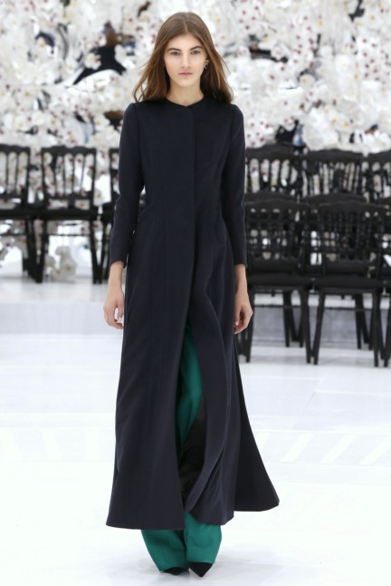 christian-dior-haute-couture-autumn-winter-2014-2015-20
