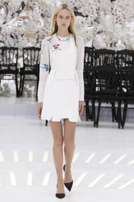 christian-dior-haute-couture-autumn-winter-2014-2015-29