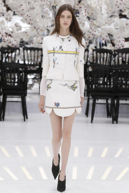 christian-dior-haute-couture-autumn-winter-2014-2015-30