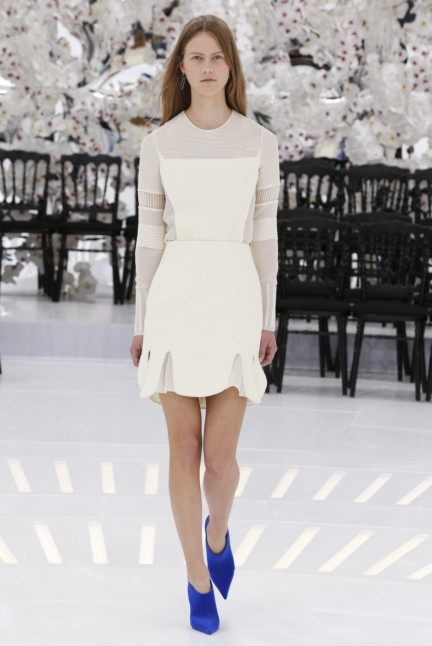 christian-dior-haute-couture-autumn-winter-2014-2015-33