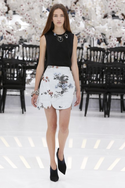 christian-dior-haute-couture-autumn-winter-2014-2015-34