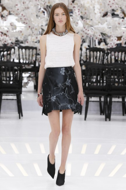 christian-dior-haute-couture-autumn-winter-2014-2015-35