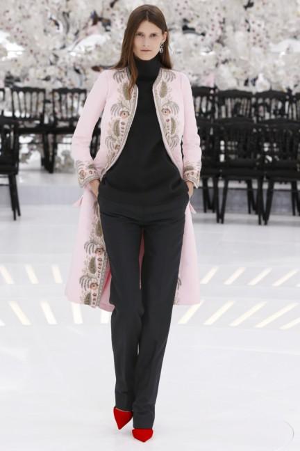 christian-dior-haute-couture-autumn-winter-2014-2015-36