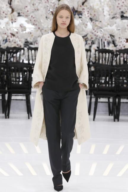 christian-dior-haute-couture-autumn-winter-2014-2015-37