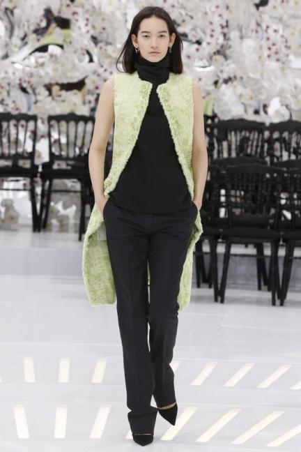 christian-dior-haute-couture-autumn-winter-2014-2015-40