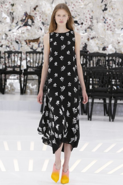 christian-dior-haute-couture-autumn-winter-2014-2015-45