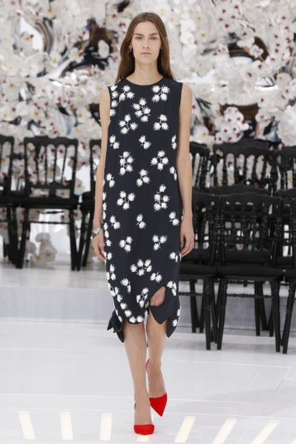 christian-dior-haute-couture-autumn-winter-2014-2015-46