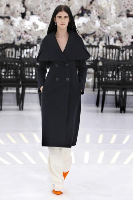 christian-dior-haute-couture-autumn-winter-2014-2015-49
