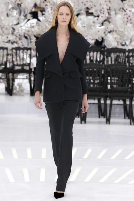 christian-dior-haute-couture-autumn-winter-2014-2015-57