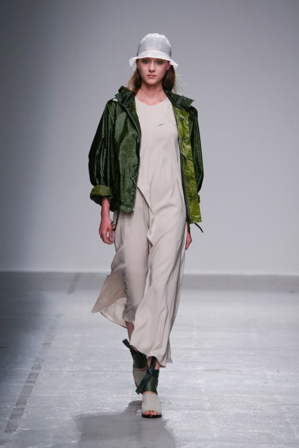 christian-wijnants-paris-fashion-week-spring-summer-2015-runway-6
