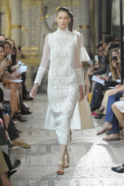 christophe-josse-couture-fw13-14-look-02
