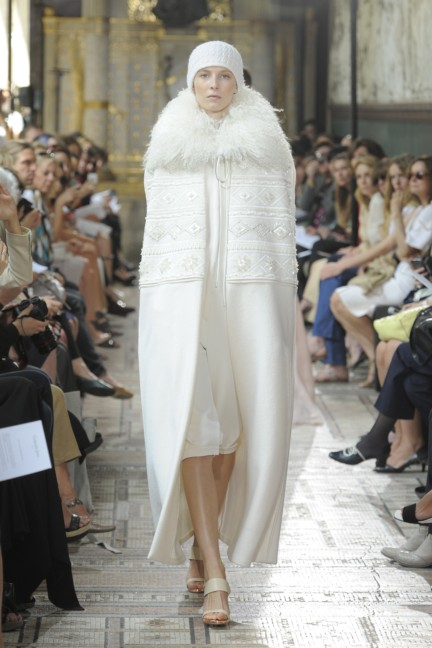 christophe-josse-couture-fw13-14-look-13