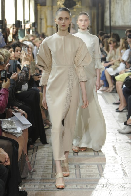 christophe-josse-couture-fw13-14-look-15