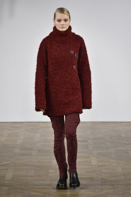 asger-juel-larsen-mercedes-benz-fashion-week-autumn-winter-2015-13