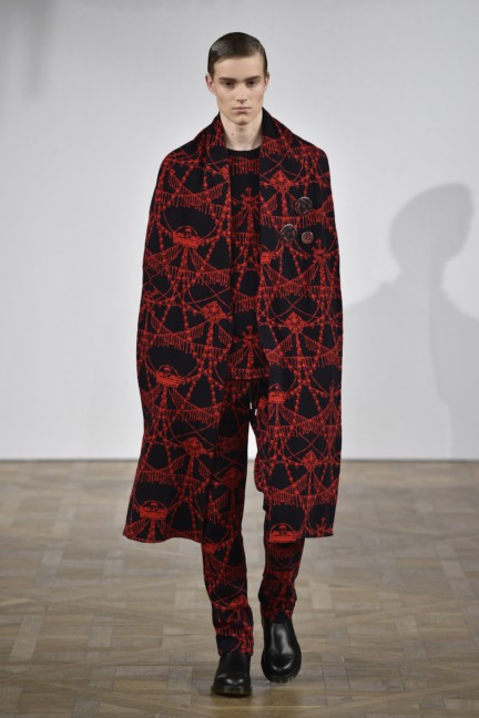 asger-juel-larsen-mercedes-benz-fashion-week-autumn-winter-2015-15