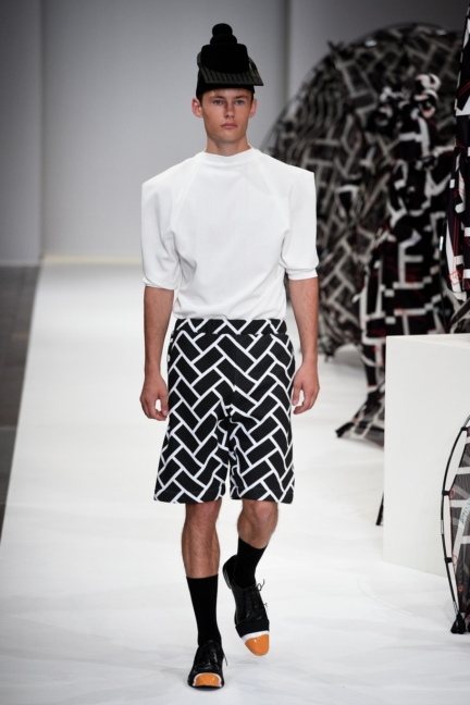henrik-vibskov-copenhagen-fashion-week-spring-summer-2016-17