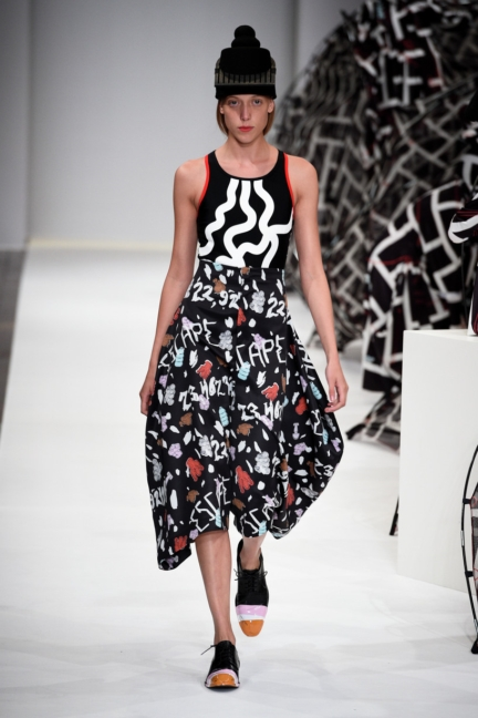 henrik-vibskov-copenhagen-fashion-week-spring-summer-2016-43