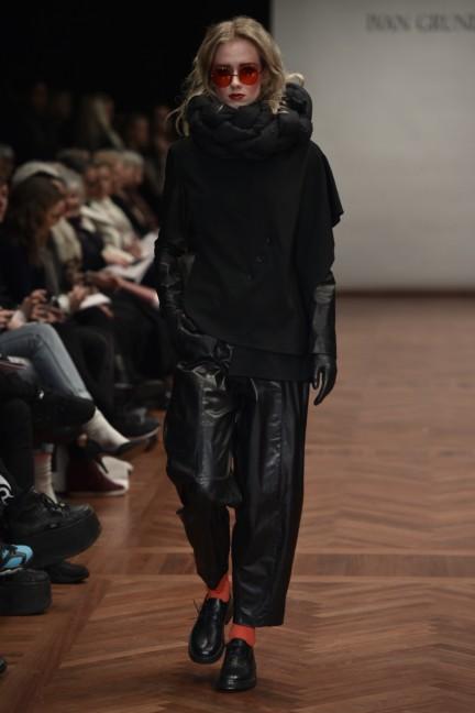 ivan-grundahl-mercedes-benz-fashion-week-copenhagen-autumn-winter-2015-10