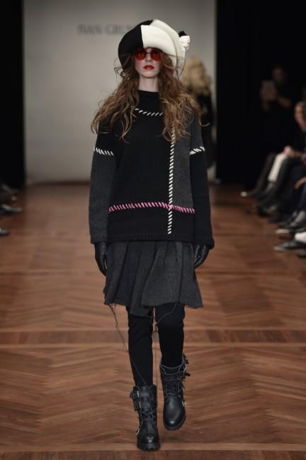 ivan-grundahl-mercedes-benz-fashion-week-copenhagen-autumn-winter-2015-31