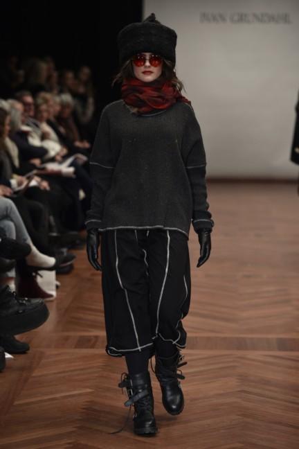 ivan-grundahl-mercedes-benz-fashion-week-copenhagen-autumn-winter-2015-33