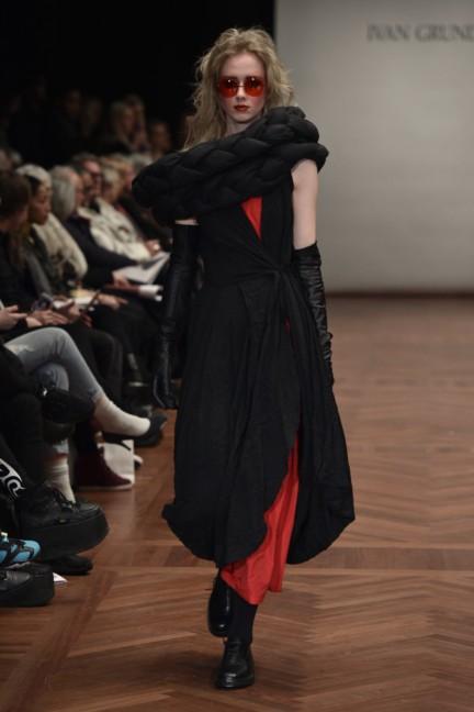 ivan-grundahl-mercedes-benz-fashion-week-copenhagen-autumn-winter-2015-46