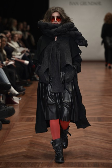 ivan-grundahl-mercedes-benz-fashion-week-copenhagen-autumn-winter-2015-9