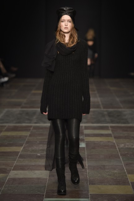 maikel-tawadros-mercedes-benz-fashion-week-copenhagen-autumn-winter-2015-11