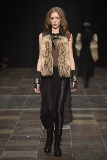 maikel-tawadros-mercedes-benz-fashion-week-copenhagen-autumn-winter-2015-20