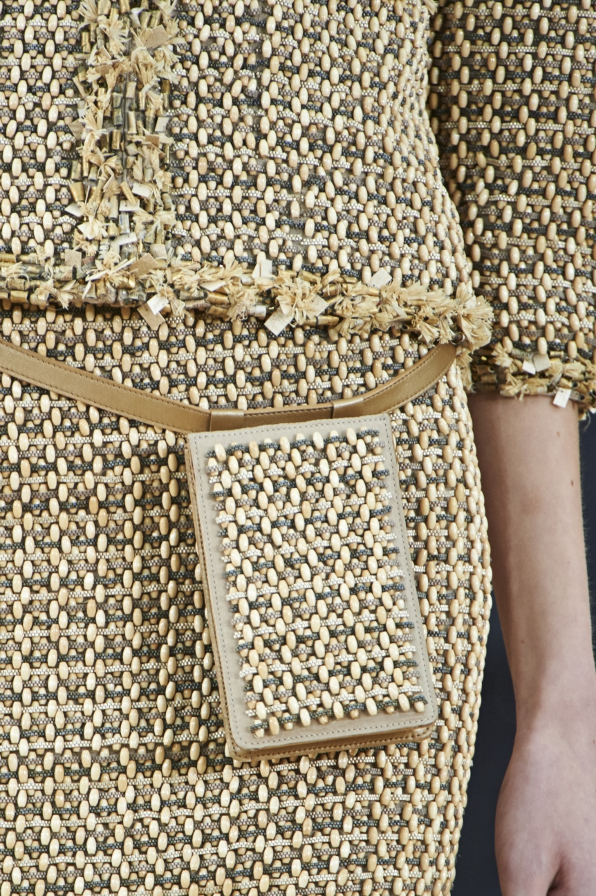 chanel-haute-couture-spring-summer-2016-details-11
