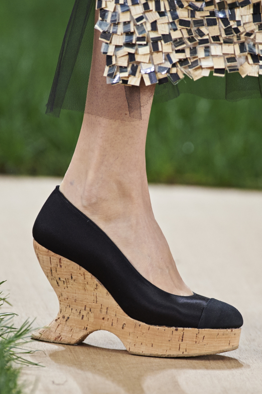 chanel-haute-couture-spring-summer-2016-details-13