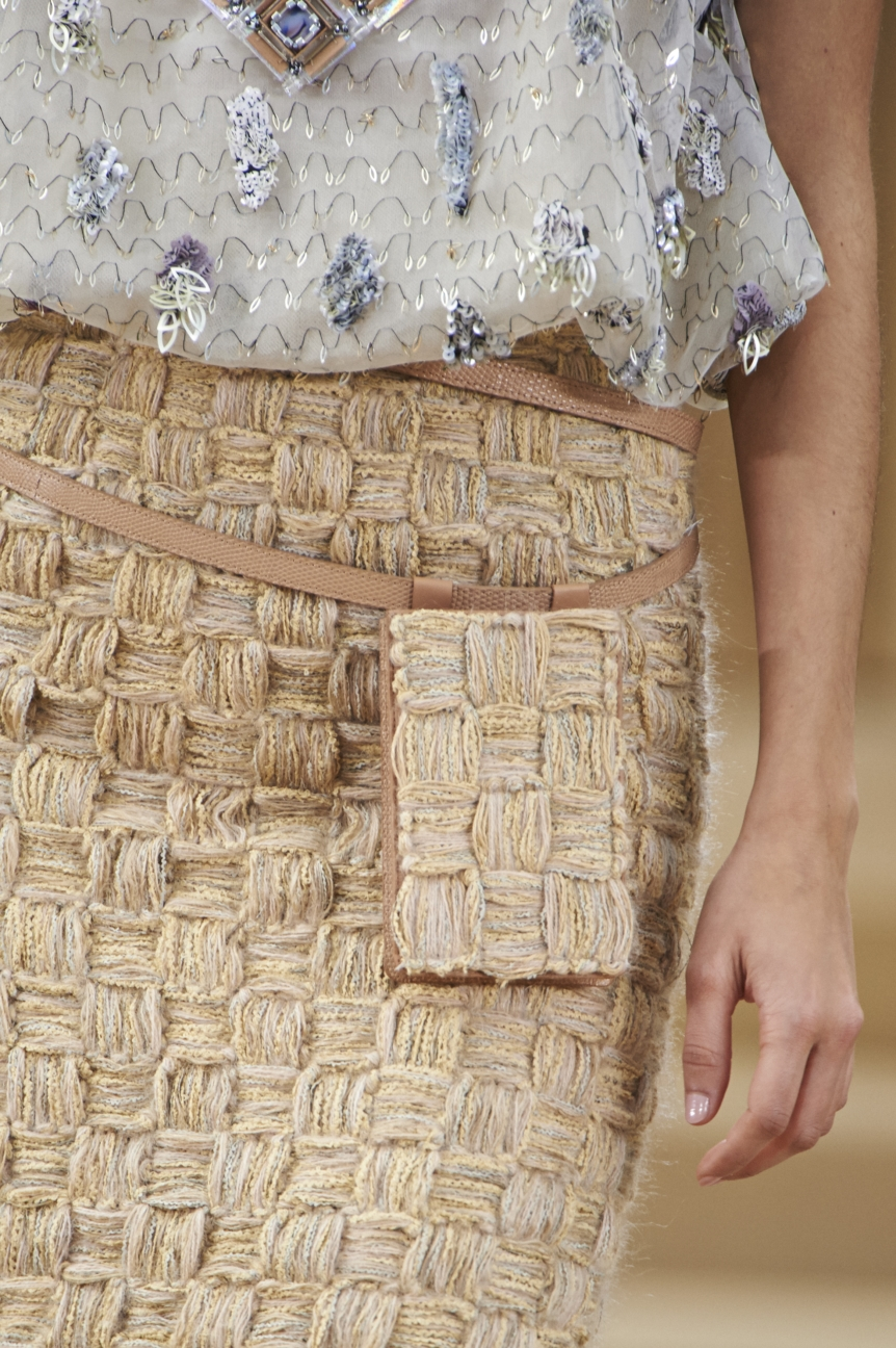 chanel-haute-couture-spring-summer-2016-details-21