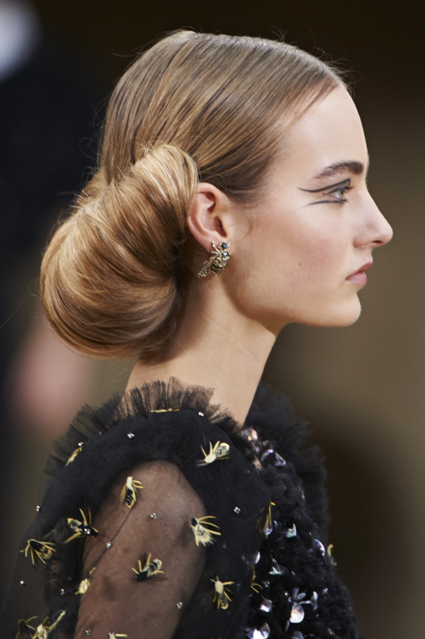 chanel-haute-couture-spring-summer-2016-details-25