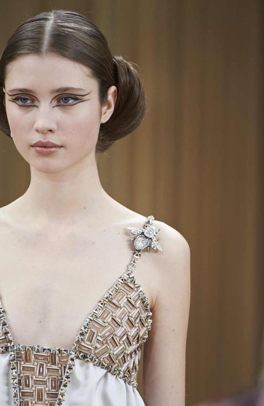 chanel-haute-couture-spring-summer-2016-details-32