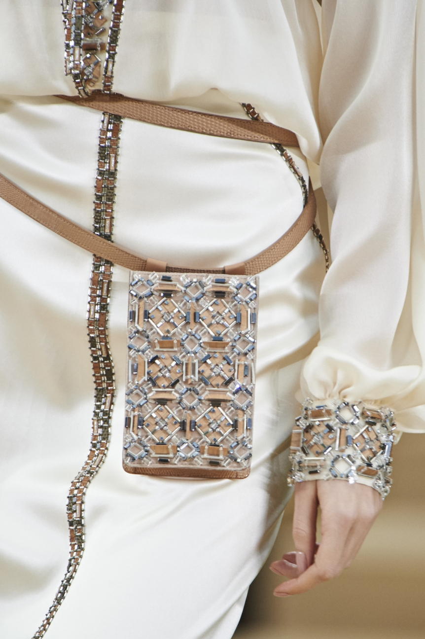 chanel-haute-couture-spring-summer-2016-details-33