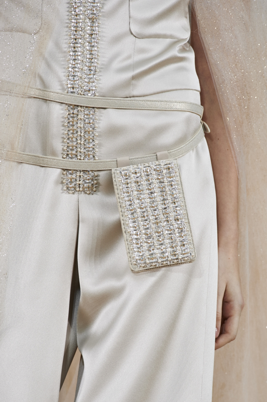 chanel-haute-couture-spring-summer-2016-details-35