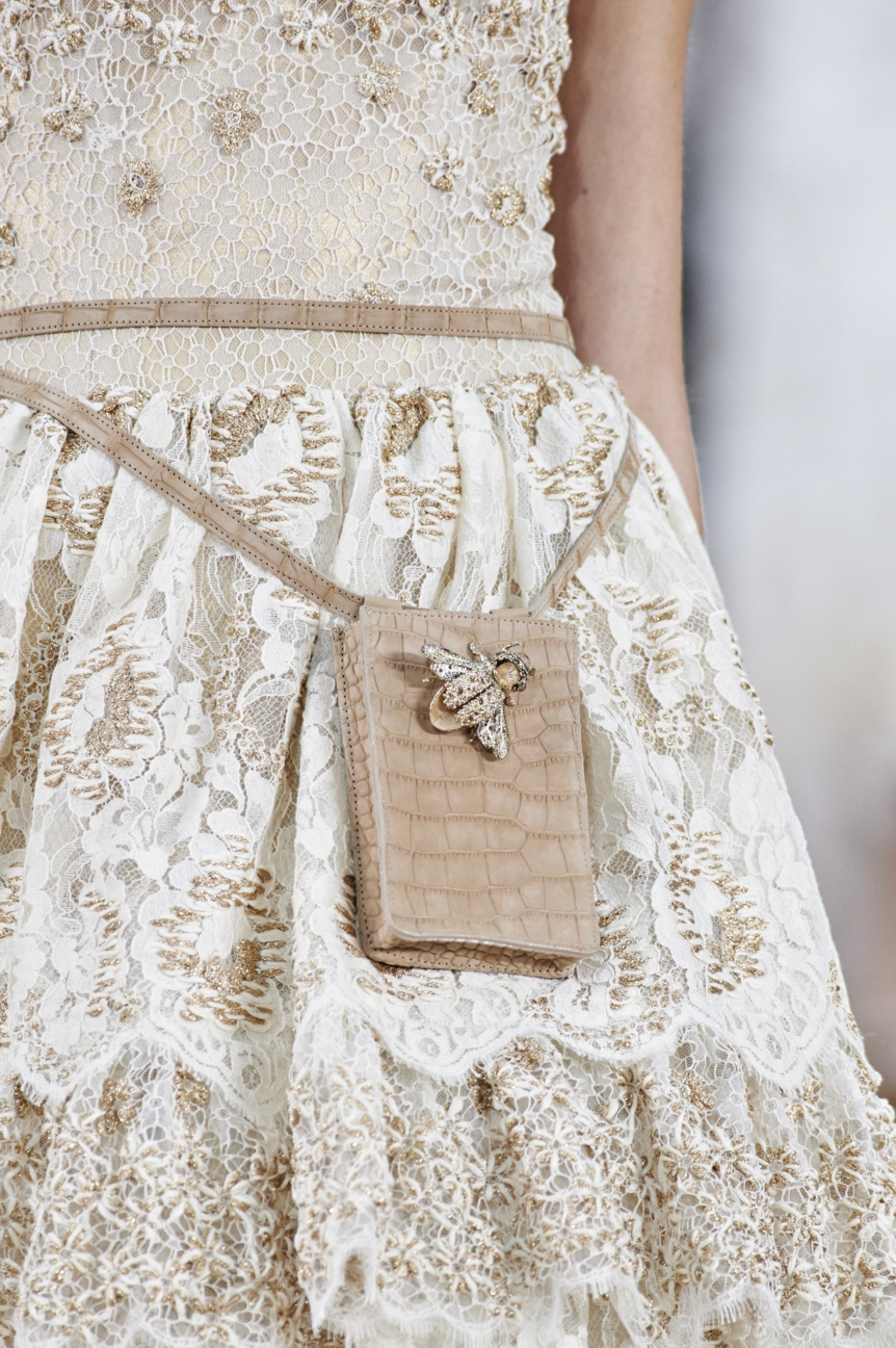 chanel-haute-couture-spring-summer-2016-details-38