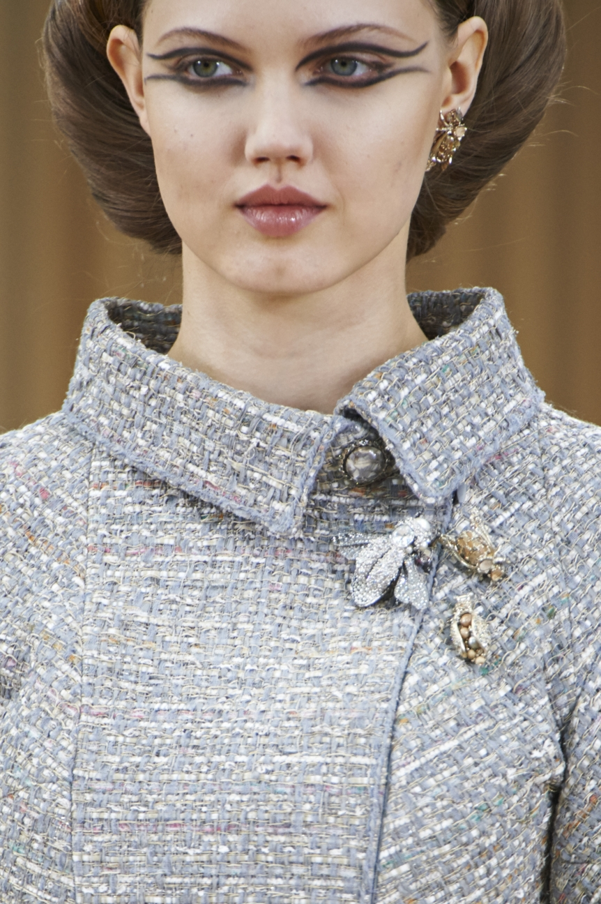chanel-haute-couture-spring-summer-2016-details-4